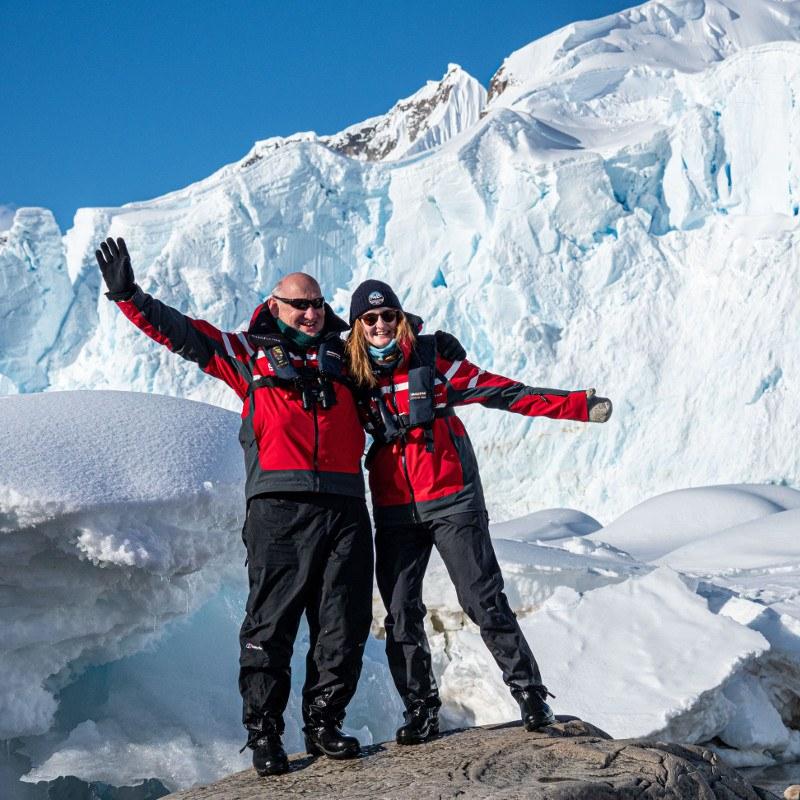 Happy Guests Mountain Antarctica Polar Latitudes